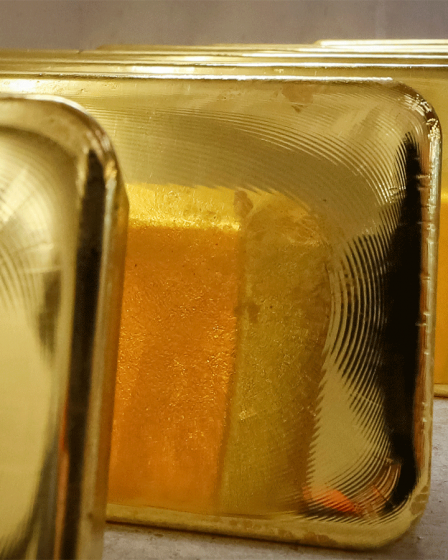 India's April gold imports plunge 99.9% to three-decade low