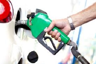 Oil rises on big decline in U.S. crude stocks